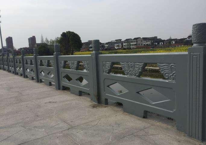 宜宾水泥护栏的制作步骤