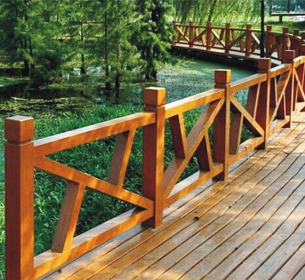 屏山仿木栏杆安装